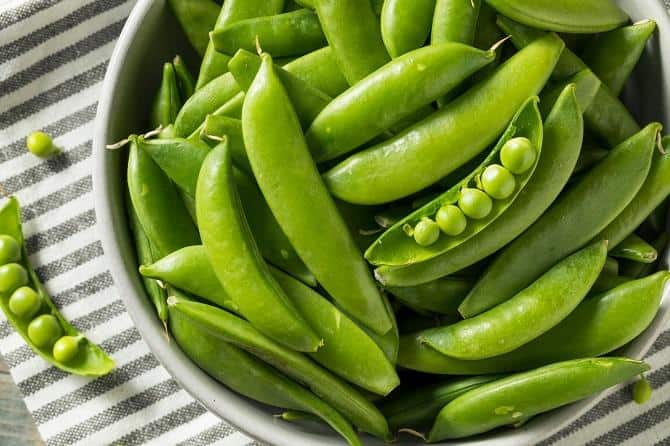 snow pea in a bowl