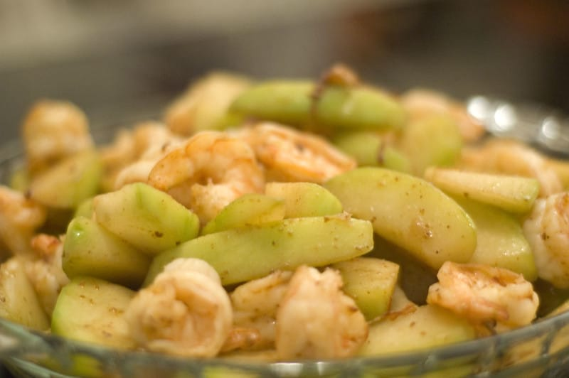 ginisang sayote with shrimp